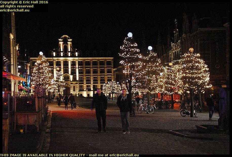 grote markt city lights christmas eve leuven belgium december decembre 2016