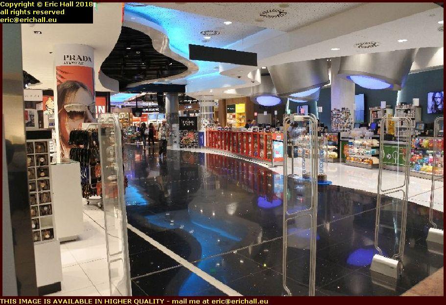 duty free shop brussels airport zaventam belgium august aout 2018