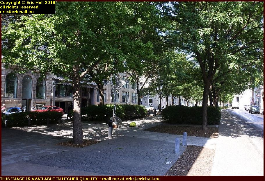 place d'youville montreal canada august aout 2018