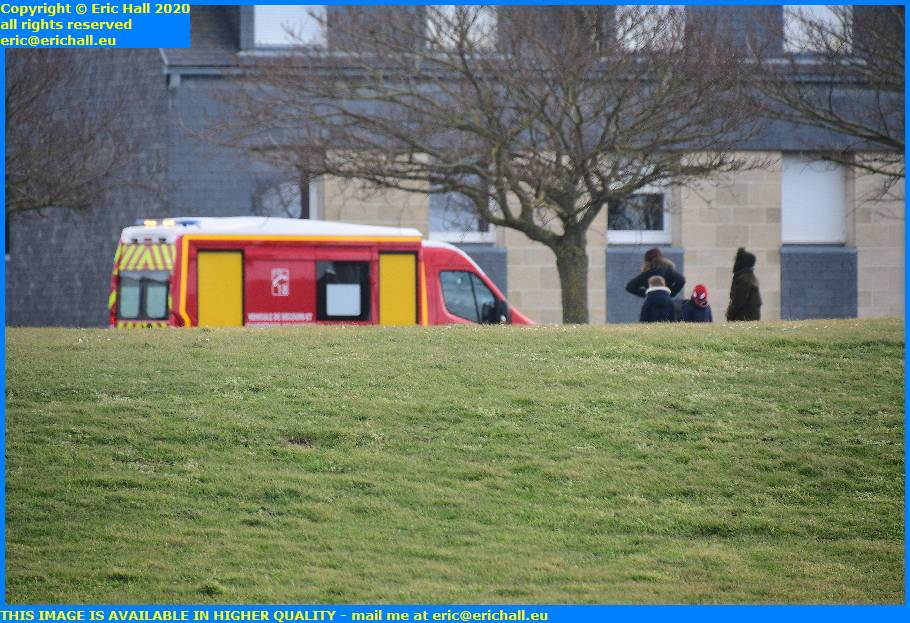 samu pompiers emergency ambulance rue du roc granville manche normandy france eric hall