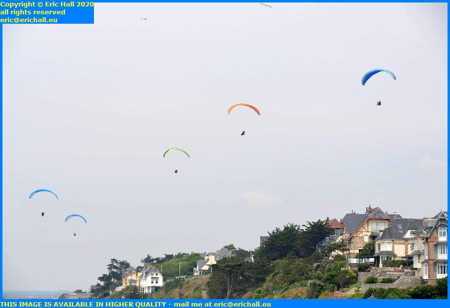 hang gliders donville les bains granville manche normandy france eric hall