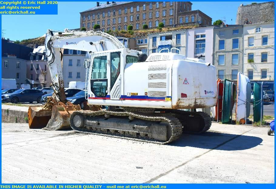 digger rue du port de granville harbour manche normandy france eric hall