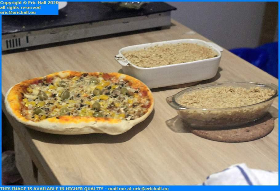 apple crumble vegan pizza place d'armes Granville Manche Normandy France Eric Hall