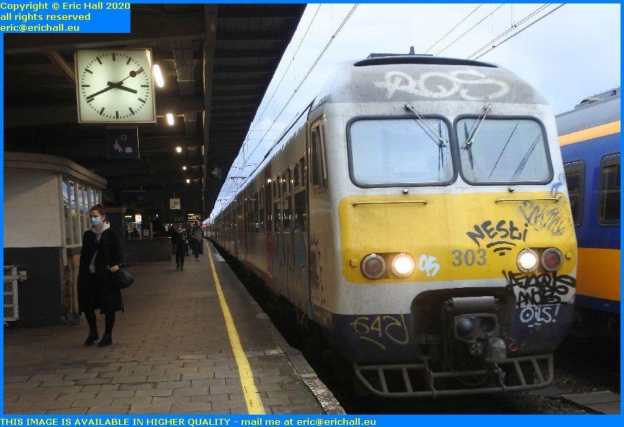 multiple unit automotrice AM80 303 Gare du Midi Brussels Belgium Eric Hall
