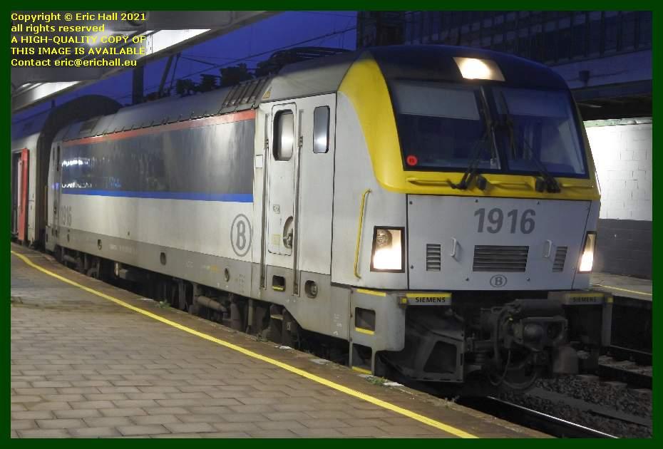 sncb class 18 electric locomotive gare du midi brussels belgium Eric Hall