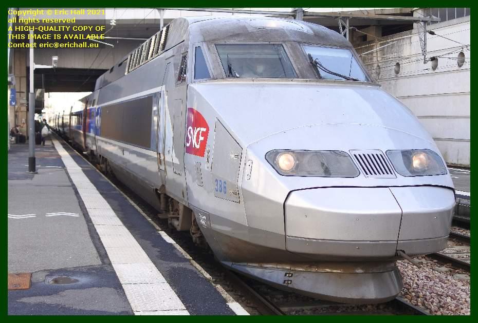 TGV Atlantique series 24000 trainset 386 gare de rennes railway station France Eric Hall