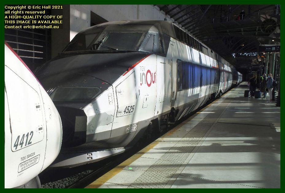 TGV Réseau 38000 tri-volt 4525 gare de lille europe France Eric Hall