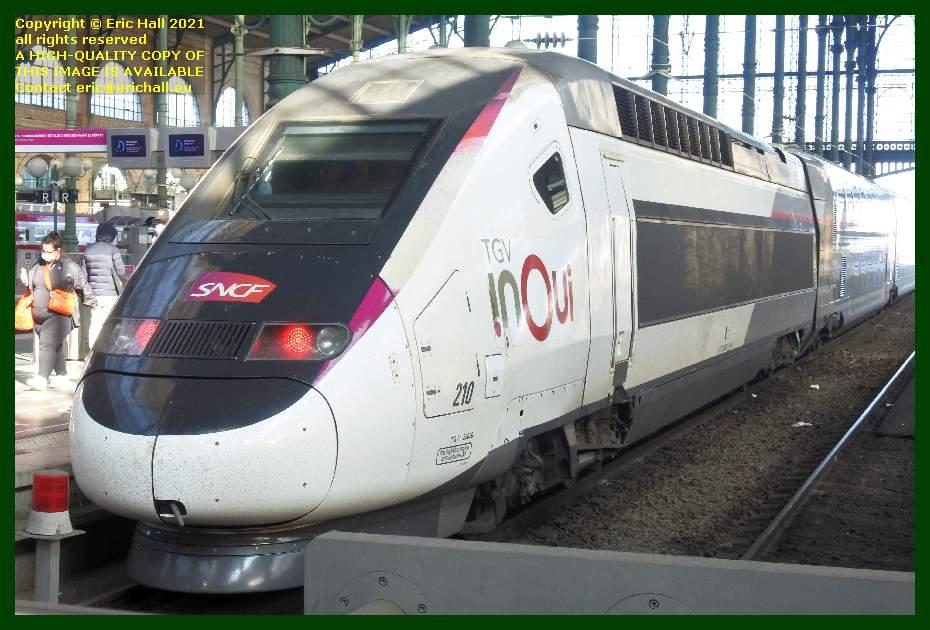 TGV reseau duplex INOUI 210 gare du nord paris France Eric Hall