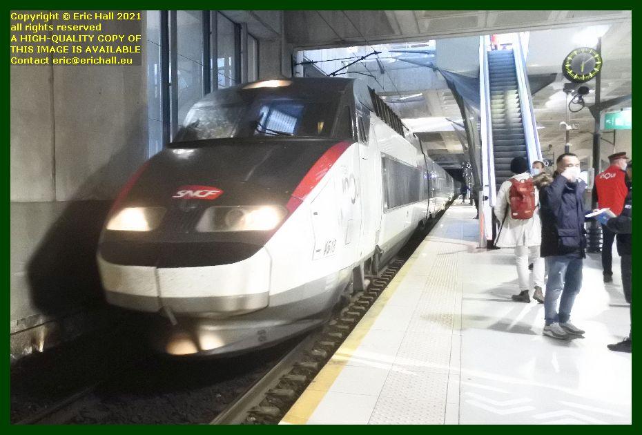 TGV Réseau 38000 tri-volt 4518 gare lille europe France Eric Hall