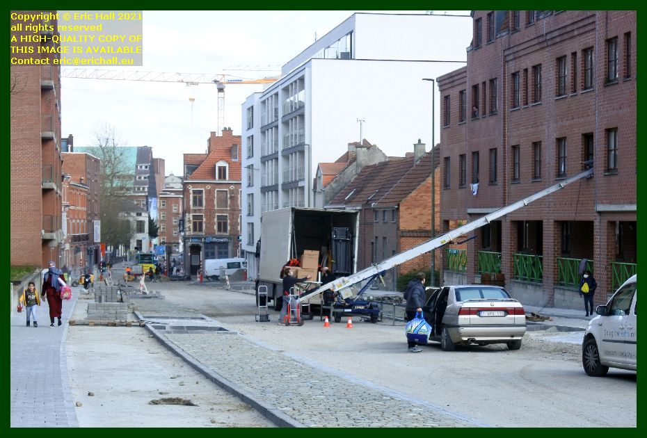 moving house with furniture lift monseigneur van waeyenberghlaan leuven belgium Eric Hall