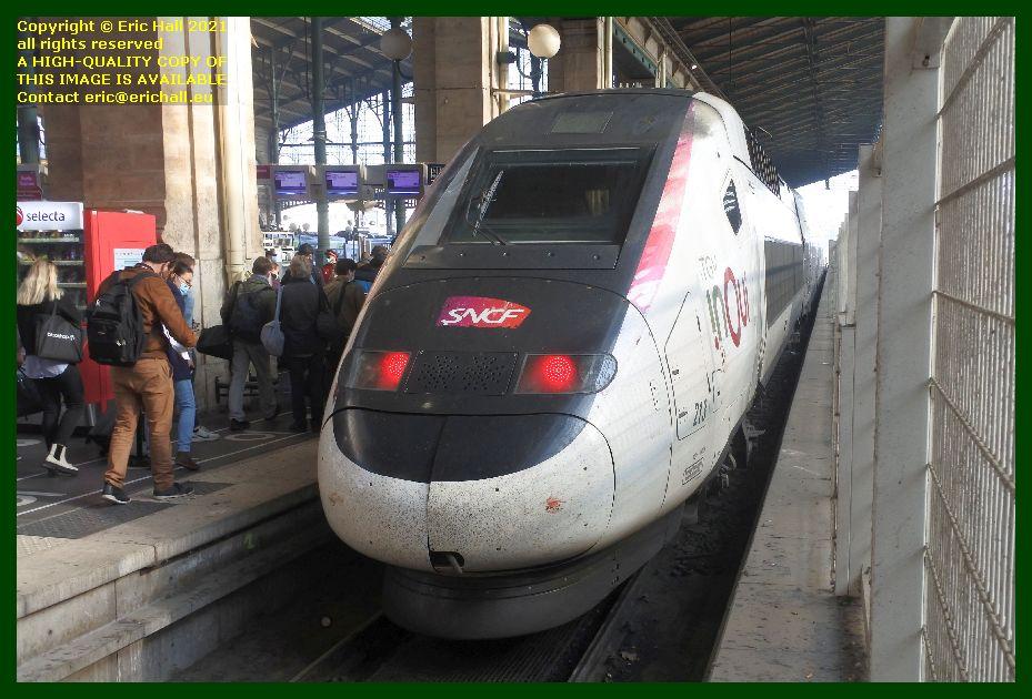 213 TGV Reseau Duplex gare du nord paris France Eric Hall