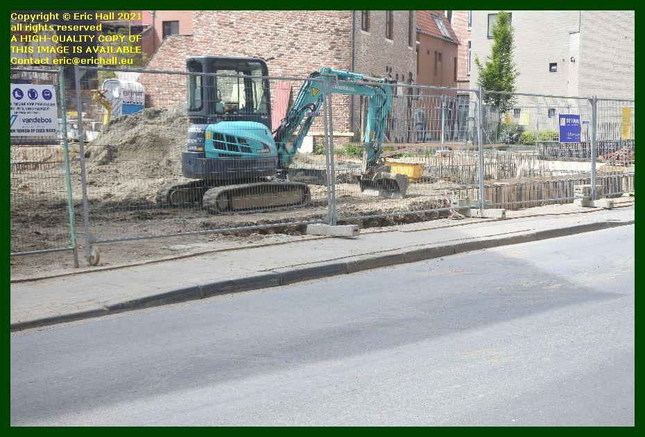 digger building site kapucijnenvoer zongang Leuven Belgium Eric Hall