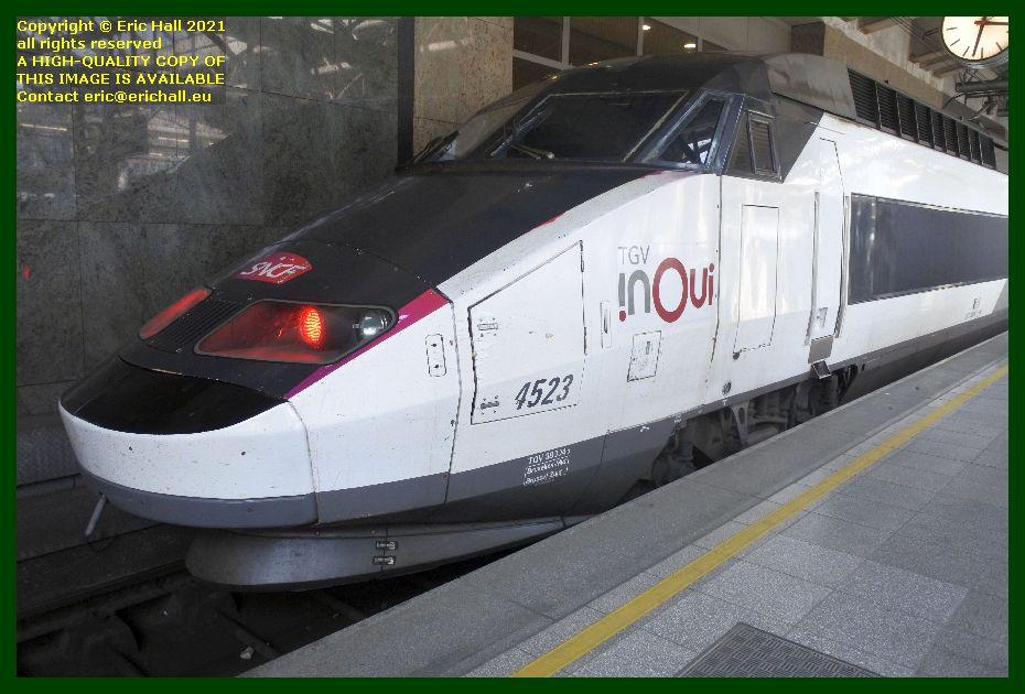 TGV Réseau 38000 tri-volt 4523 PBA gare du midi brussels belgium Eric Hall