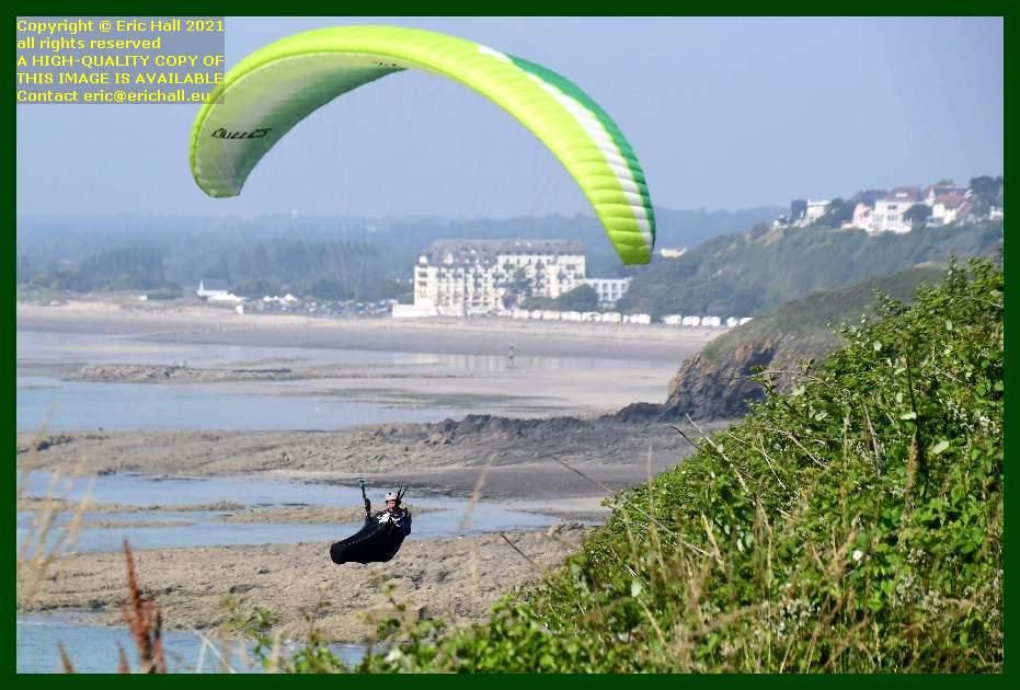 hang glider plat gousset Granville Manche Normandy France Eric Hall