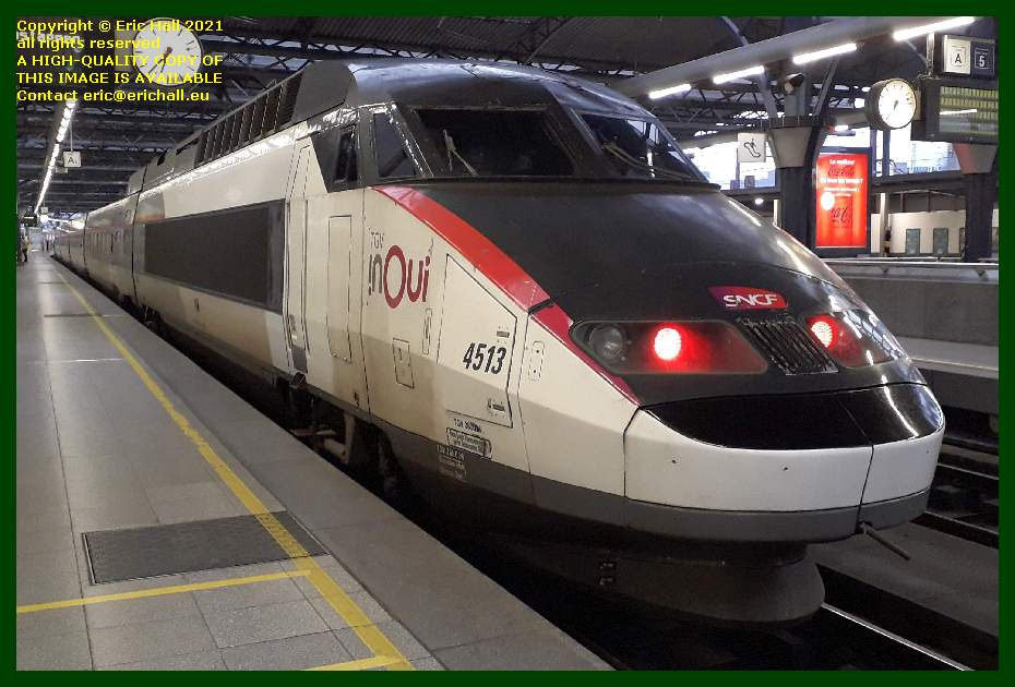 TGV Réseau 38000 tri-volt 4513 PBA gare du midi brussels Belgium Eric Hall
