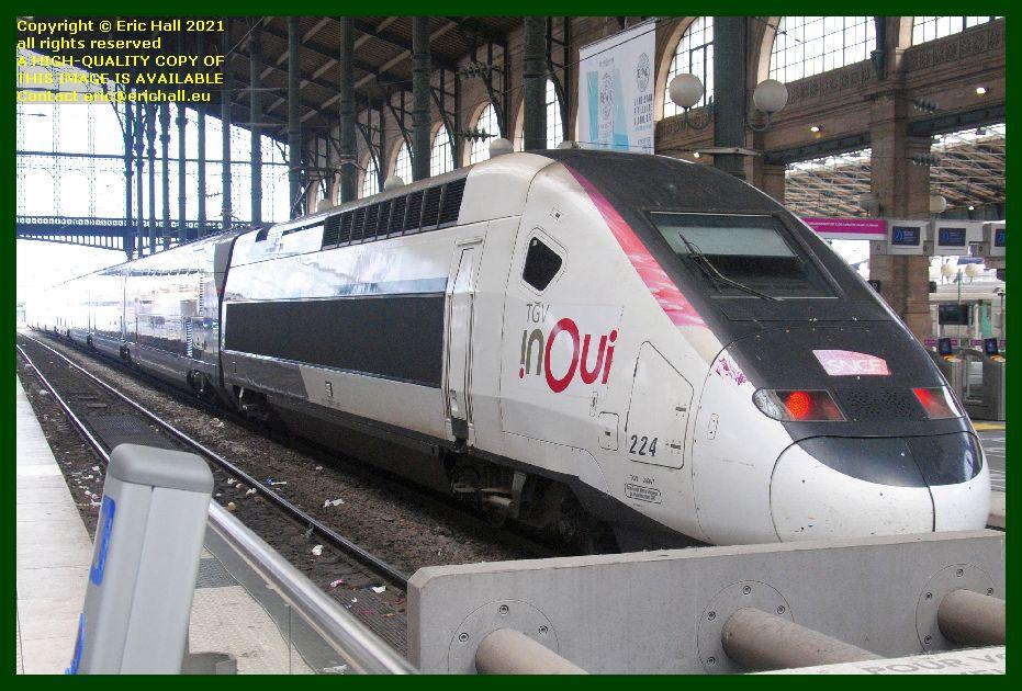 224 TGV Reseau Duplex gare du nord paris France Eric Hall