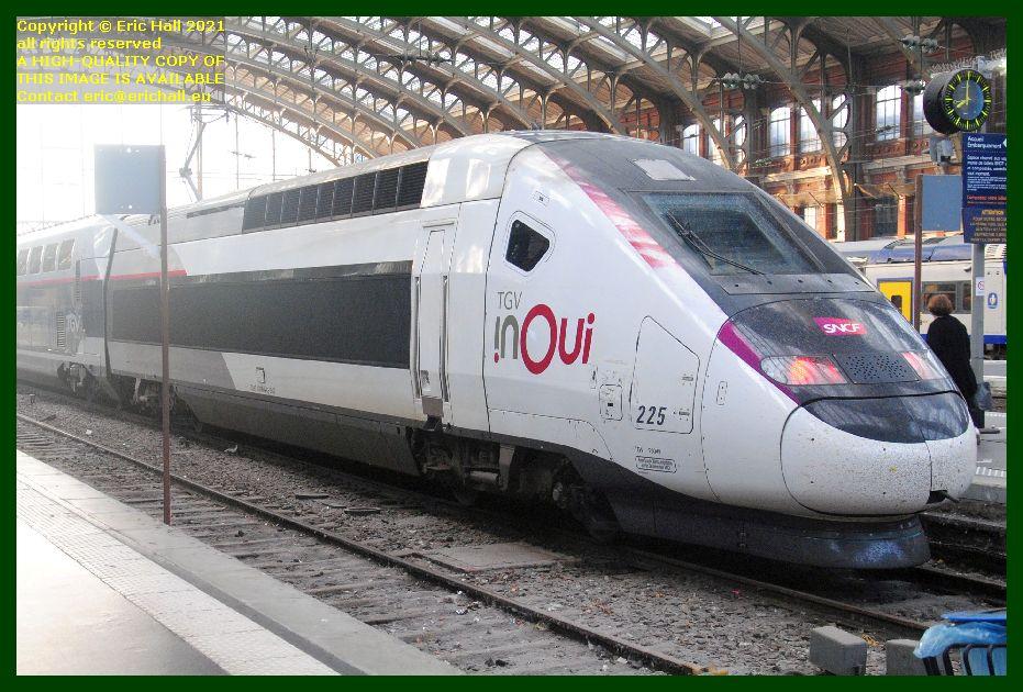 TGV Inoui 225 are TGV Reseau Duplex gare lille flanders railway station lille France Eric Hall