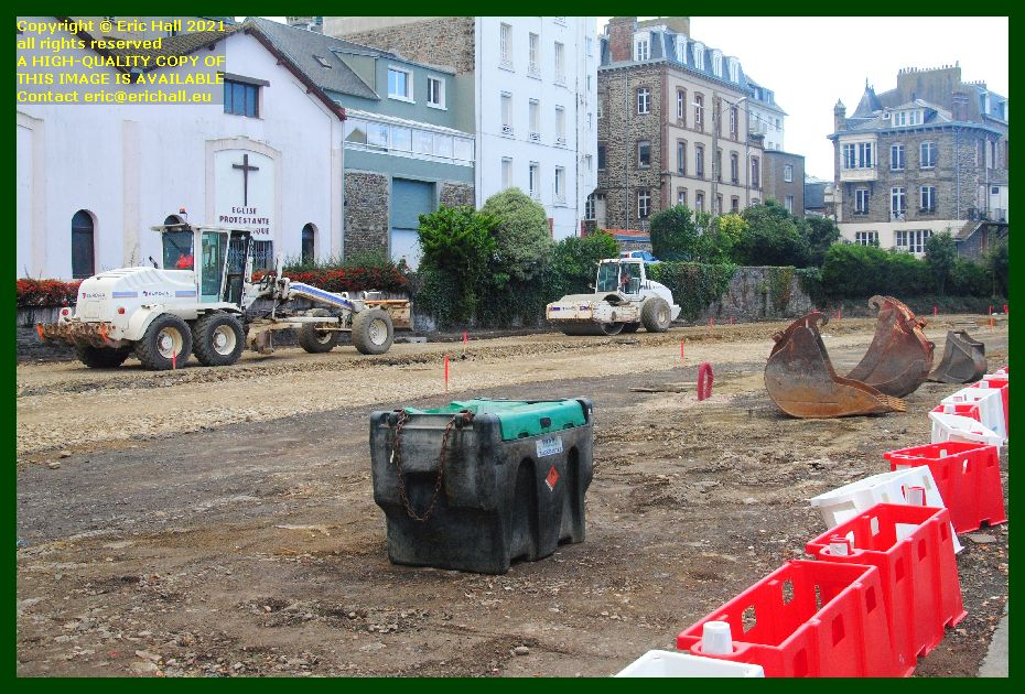 grader compacter rue du boscq Granville Manche Normandy France Eric Hall photo September 2021