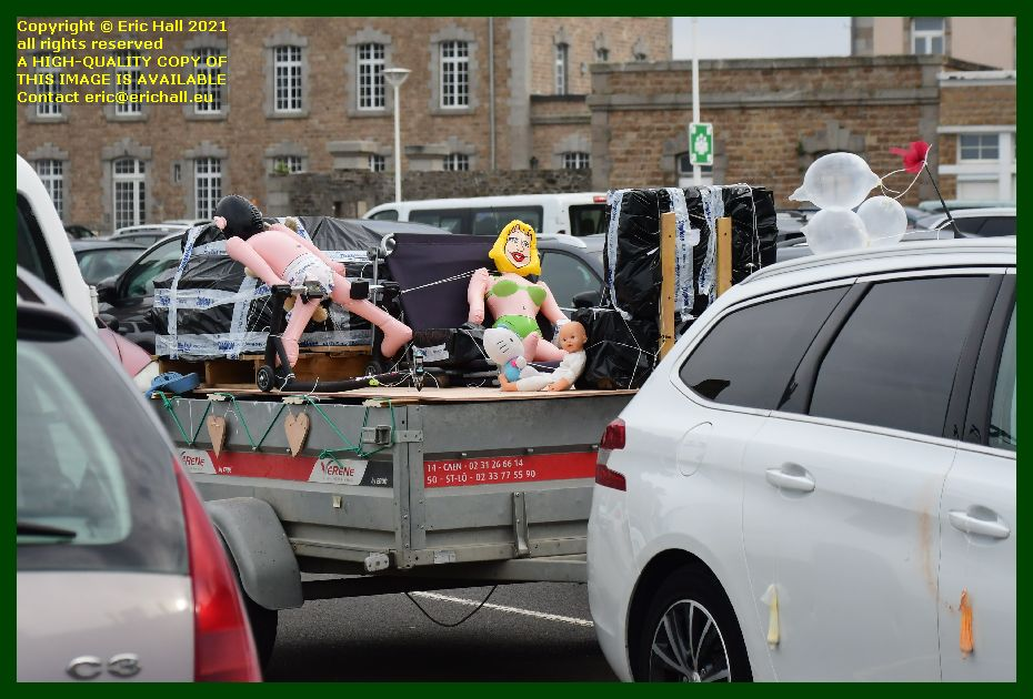 trailer load of everything place d'armes Granville Manche Normandy France Eric Hall photo September 2021