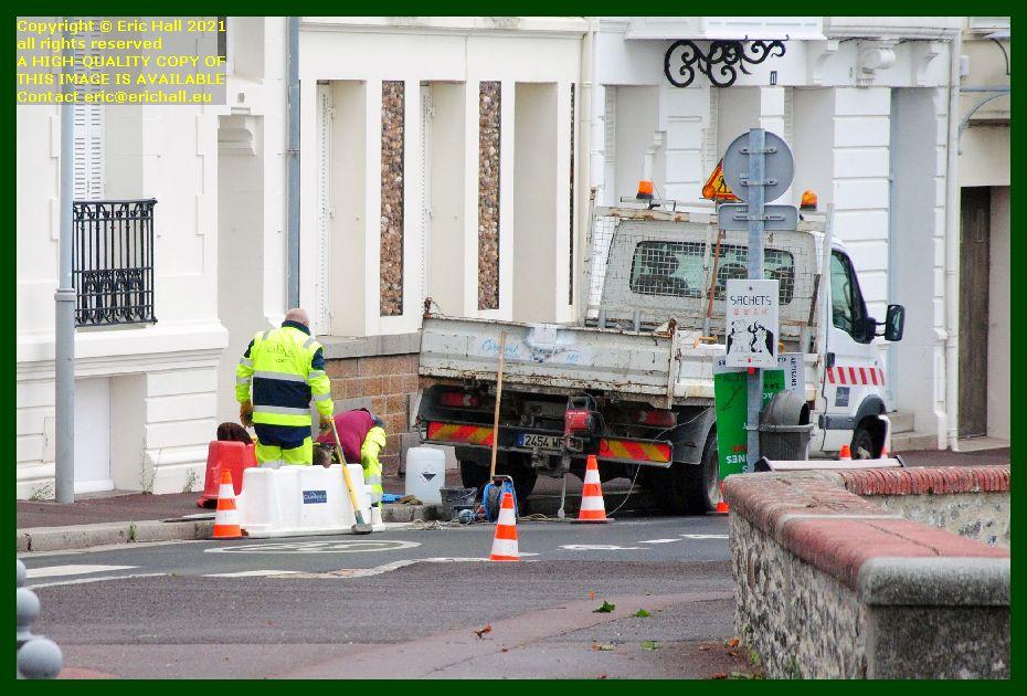 council working on pavement rue de juifs Granville Manche Normandy France Eric Hall photo September 2021