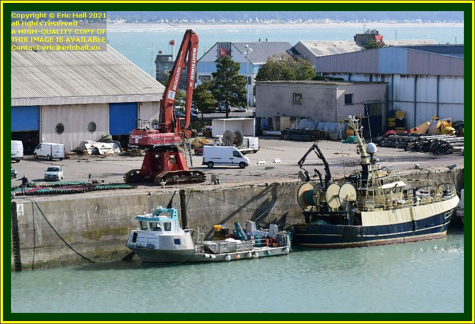 la grande ancre buddy m men working with fishing nets port de Granville harbour Manche Normandy France Eric Hall photo September 2021