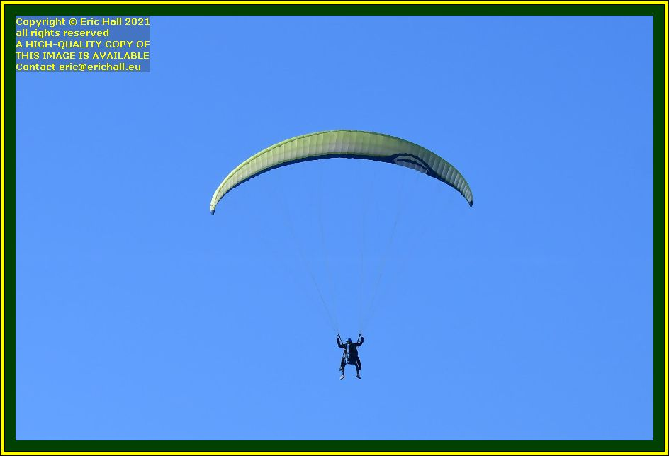hang glider place d'armes Granville Manche Normandy France Eric Hall photo October 2021